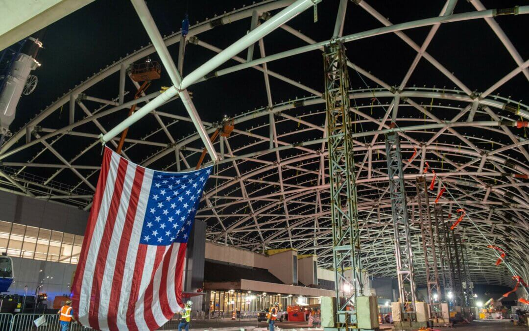 New South McCarthy Synergy and Hartsfield-Jackson Atlanta International Airport  Celebrate Topping Out for the South Canopy